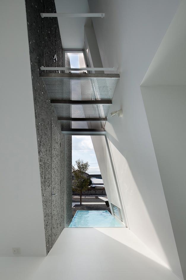 dezeen_Ginan-House-by-Keitaro-Muto-Architects_12