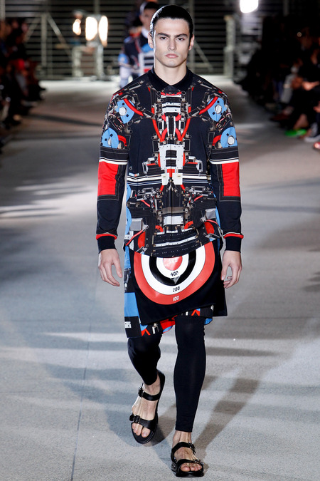 LOOK21 SPRING 2014 MENSWEAR Givenchy
