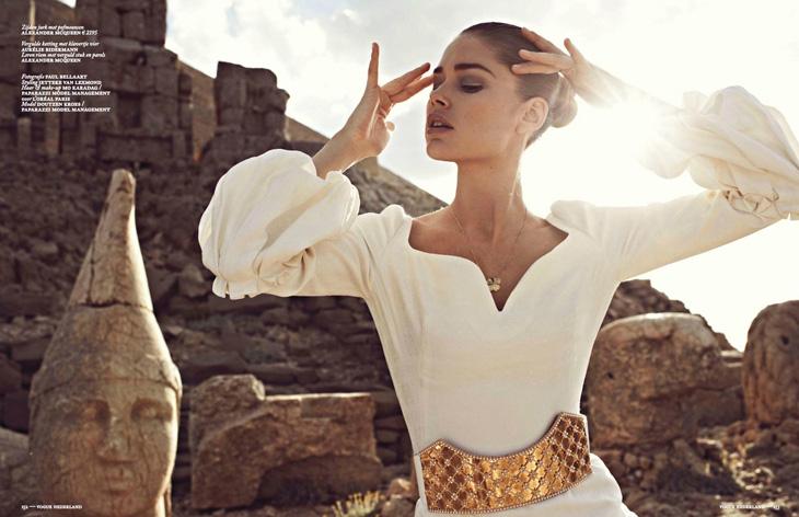 Doutzen-Kroes-Vogue-Netherlands-Paul-Bellaart-18