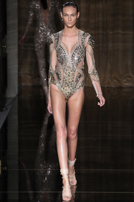 LOOK16 SPRING 2014 READY-TO-WEAR Julien Macdonald