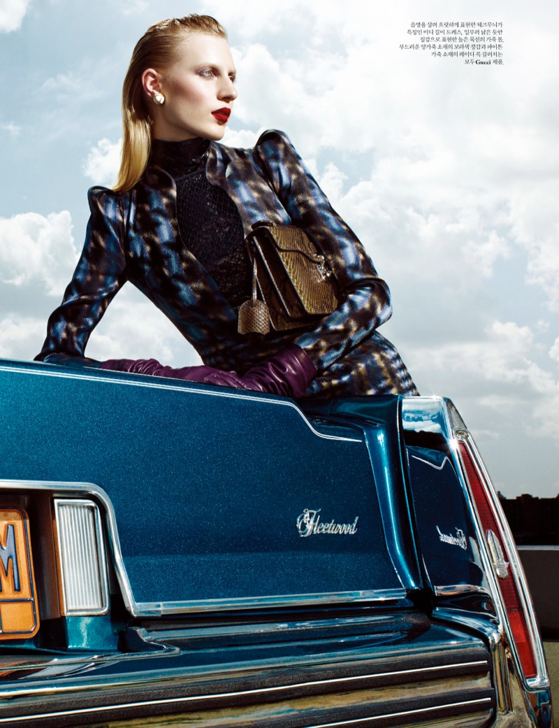 julia-nobis-w-shoot4