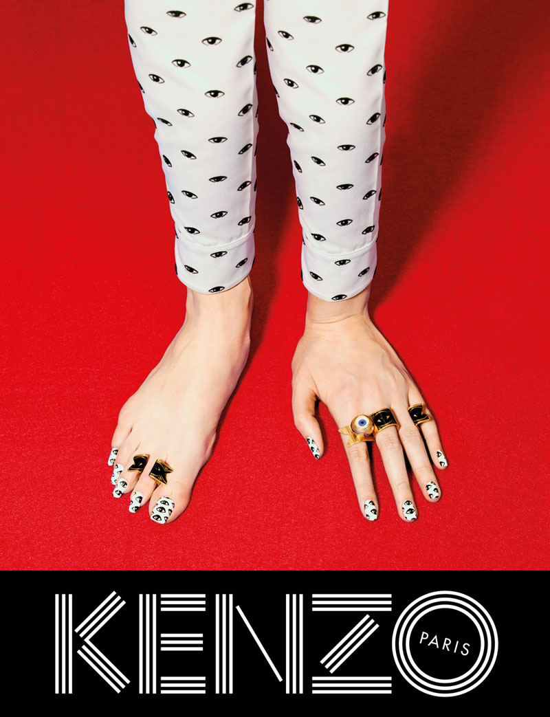 800x1043xkenzo-fall-campaign8.jpg.pagespeed.ic.xOqeW0oBHA