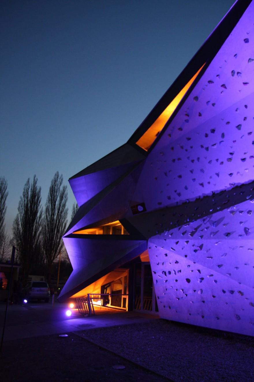 heat-exchanger-vazecka-atrium-studio-designboom22