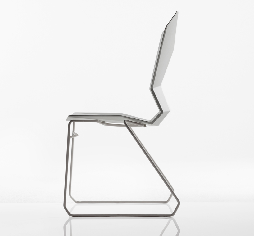 y-chair-by-tom-dixon-designboom-08