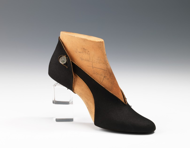 Shoe prototype 1939 Steven Arpad - 47.102.62_CP4