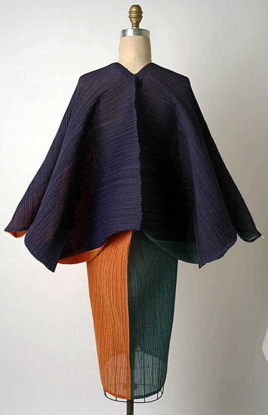 Dress,1991 by Issey Miyake (Japanese, born 1938)-2005.130.23_B