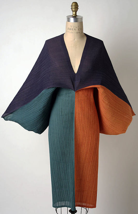 Dress,1991 by Issey Miyake (Japanese, born 1938)-2005.130.23_F