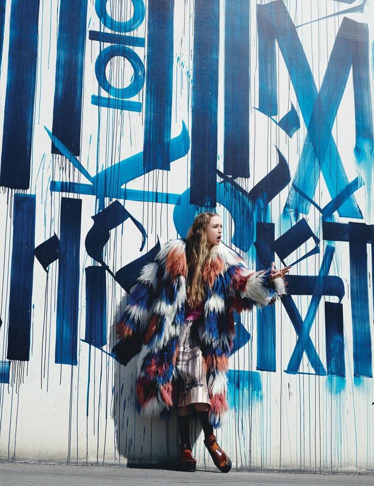 Raquel-Zimmermann-W-Magazine-Willy-Vanderperre-11