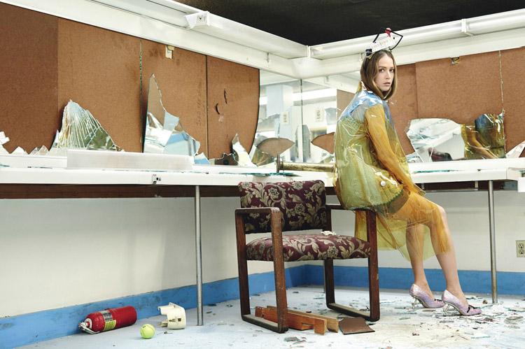 Raquel-Zimmermann-W-Magazine-Willy-Vanderperre-13