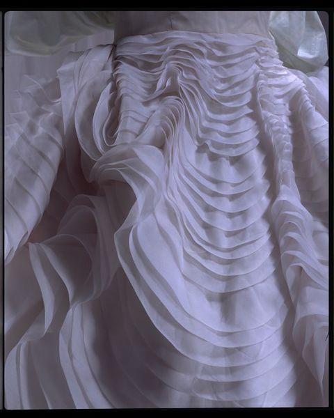 #ThrowbackFashion Seashell Dress, 1988 - John Galliano-2006AU1677_jpg_l - Copy