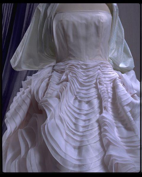 #ThrowbackFashion Seashell Dress, 1988 - John Galliano-2006AU1678_jpg_l - Copy