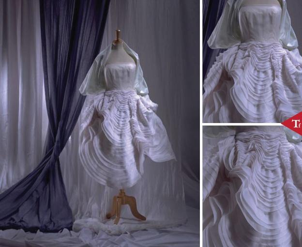 #ThrowbackFashion Seashell Dress- 1988 - John Galliano