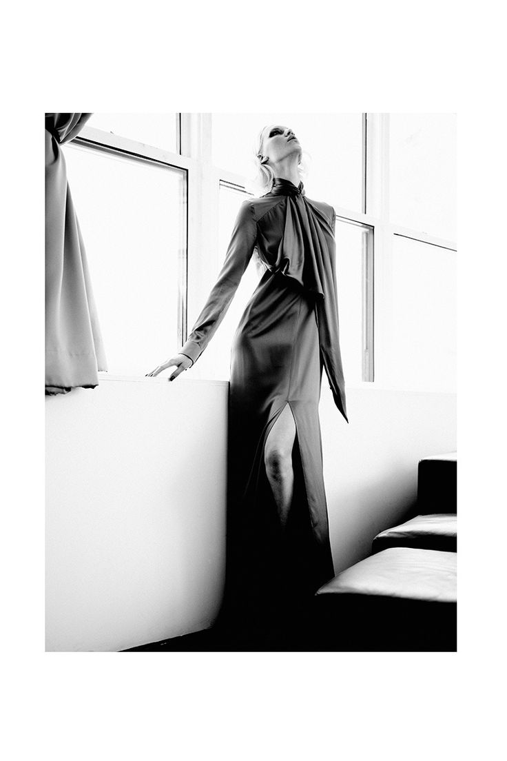 Valeria Dmitrienko - Lovely to See You, 2014 Scott Hugh Mitchell