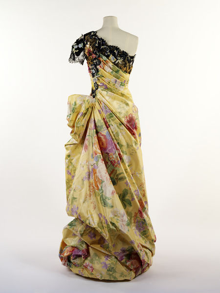 #ThrowbackFashion Evening dress by Christian Lacroix, Paris 1996-2011EN2348_jpg_l