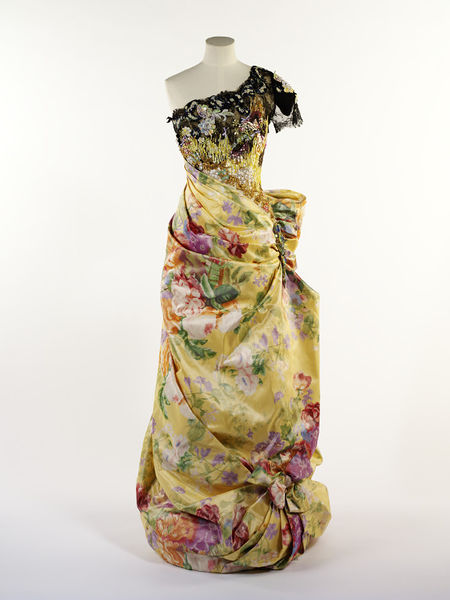 #ThrowbackFashion Evening dress by Christian Lacroix, Paris 1996-2011EN2353_jpg_l