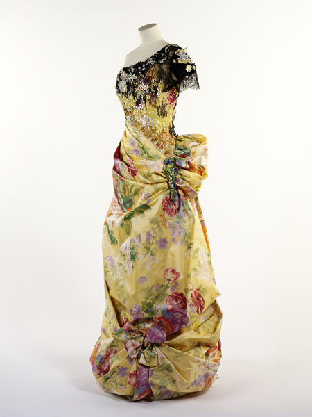 #ThrowbackFashion Evening dress by Christian Lacroix, Paris 1996-2011EN2354_jpg_l