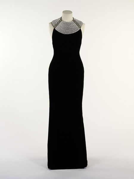 Evening dress, black silk velvet with diamante and pearl collar, by Catherine Walker, UK, 1994.-2011EN2396_jpg_l