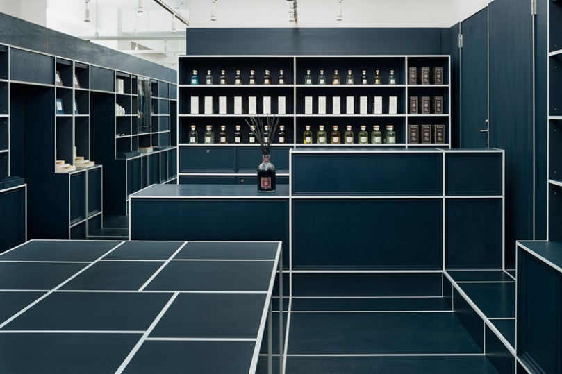 jp-architects-le-mistral-interior-tokyo-designboom-07