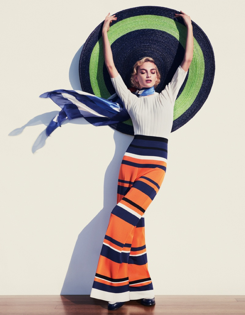 Rose-Smith-Nautical-Fashion-How-Spend-It-Editorial07