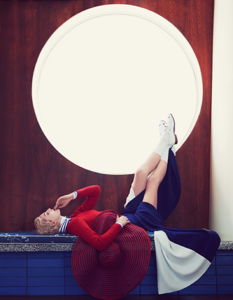 Rose-Smith-Nautical-Fashion-How-Spend-It-Editorial10