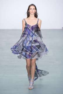 antonio-berardi-fashion-week-spring-summer-2017-london-womenswear-002