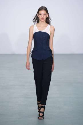 antonio-berardi-fashion-week-spring-summer-2017-london-womenswear-004