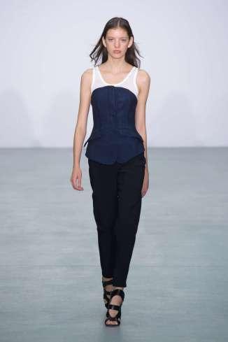antonio-berardi-fashion-week-spring-summer-2017-london-womenswear-004