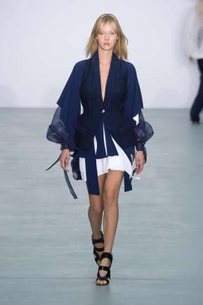 antonio-berardi-fashion-week-spring-summer-2017-london-womenswear-005