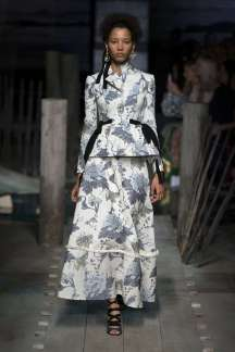erdem-fashion-week-spring-summer-2017-london-womenswear-001