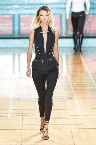 julien-macdonald-fashion-week-spring-summer-2017-london-womenswear-001
