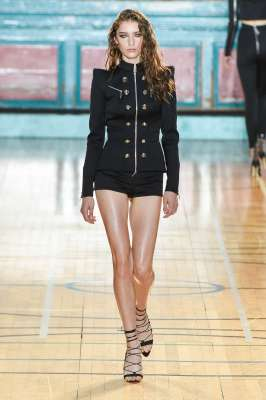 julien-macdonald-fashion-week-spring-summer-2017-london-womenswear-005