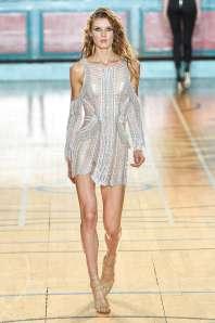 julien-macdonald-fashion-week-spring-summer-2017-london-womenswear-009