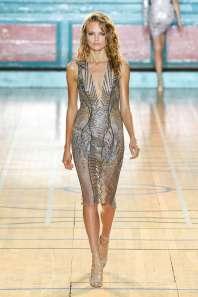 julien-macdonald-fashion-week-spring-summer-2017-london-womenswear-020