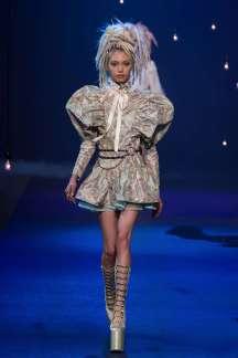 marc-jacobs-catwalks-spring-summer-2017-new-york-womenswear-001