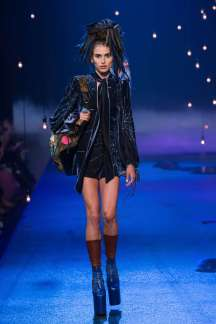 marc-jacobs-catwalks-spring-summer-2017-new-york-womenswear-010