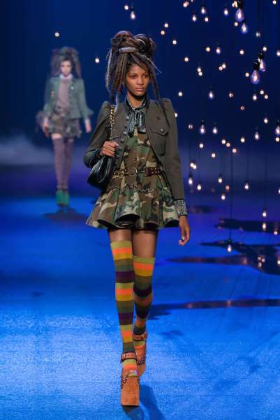 marc-jacobs-catwalks-spring-summer-2017-new-york-womenswear-012