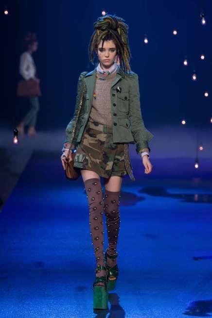marc-jacobs-catwalks-spring-summer-2017-new-york-womenswear-013