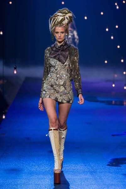marc-jacobs-catwalks-spring-summer-2017-new-york-womenswear-014
