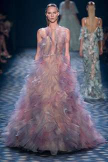 marchesa-catwalks-spring-summer-2017-new-york-womenswear-007