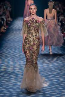marchesa-catwalks-spring-summer-2017-new-york-womenswear-010