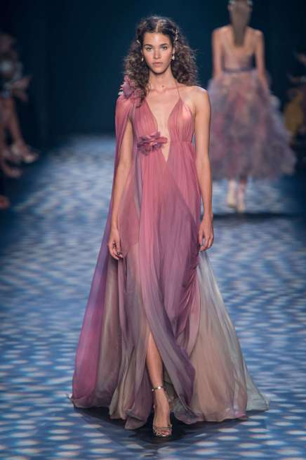 marchesa-catwalks-spring-summer-2017-new-york-womenswear-011
