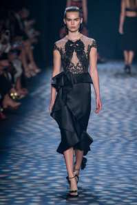 marchesa-catwalks-spring-summer-2017-new-york-womenswear-015