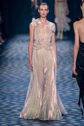 marchesa-catwalks-spring-summer-2017-new-york-womenswear-018