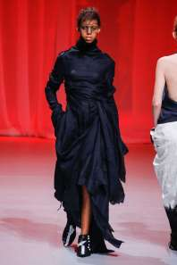 aganovich-fashion-week-spring-summer-2017-paris-womenswear-008