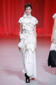 aganovich-fashion-week-spring-summer-2017-paris-womenswear-029