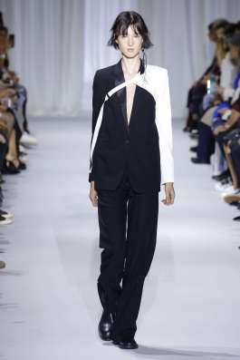 ann-demeulemeester-fashion-week-spring-summer-2017-paris-womenswear-004