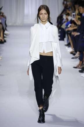 ann-demeulemeester-fashion-week-spring-summer-2017-paris-womenswear-005