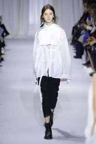 ann-demeulemeester-fashion-week-spring-summer-2017-paris-womenswear-008