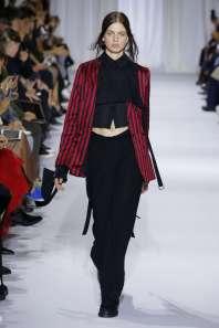 ann-demeulemeester-fashion-week-spring-summer-2017-paris-womenswear-009