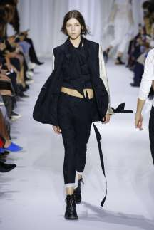 ann-demeulemeester-fashion-week-spring-summer-2017-paris-womenswear-015